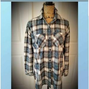 NWT flannel tunic top shirt A.N A. Split back tail